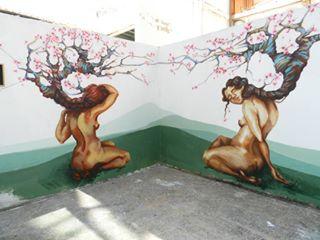 Muro pintado por 9milsiete.